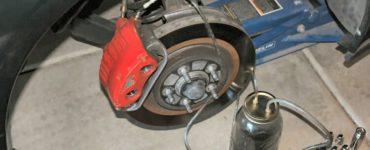 flushing car brake fluid